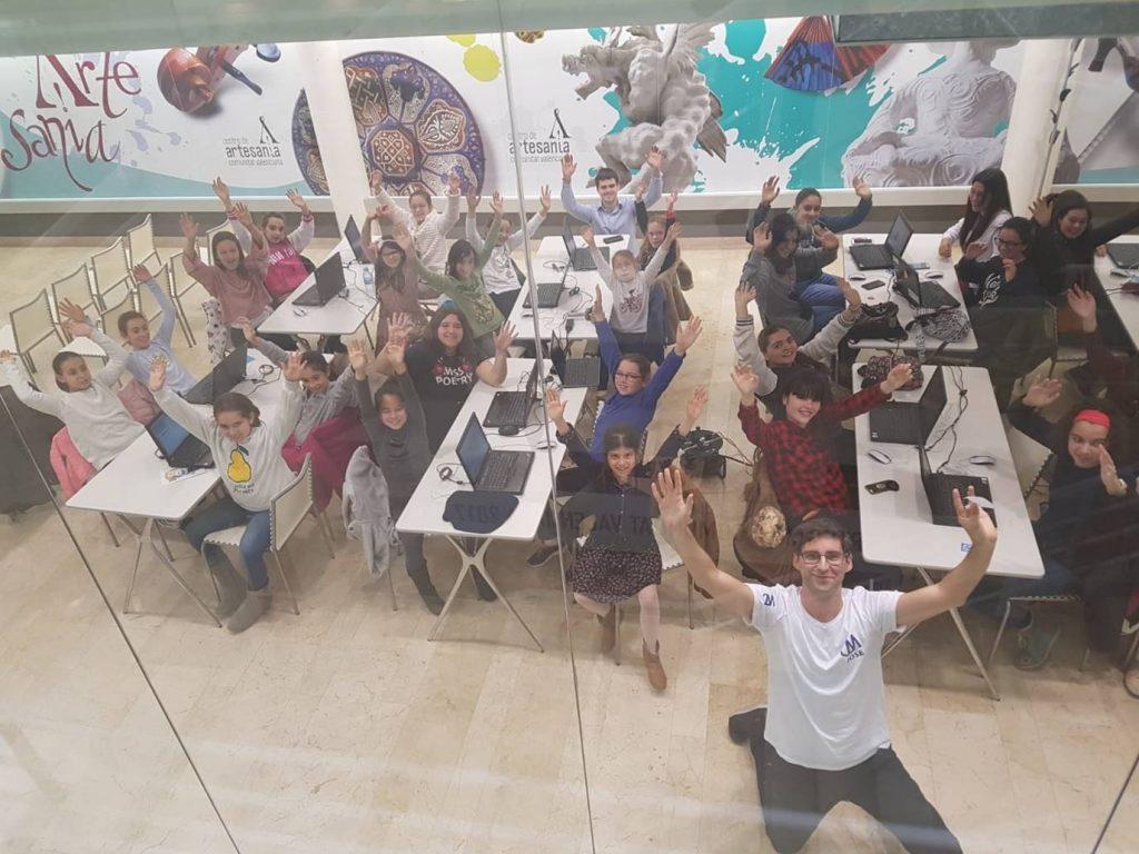 Fomentar la presencia del talento femenino en las TIC, uno de los grandes desafíos educativos en España