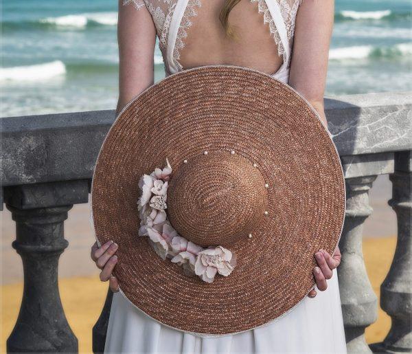 Pamelas para bodas, el complemento estrella de la temporada